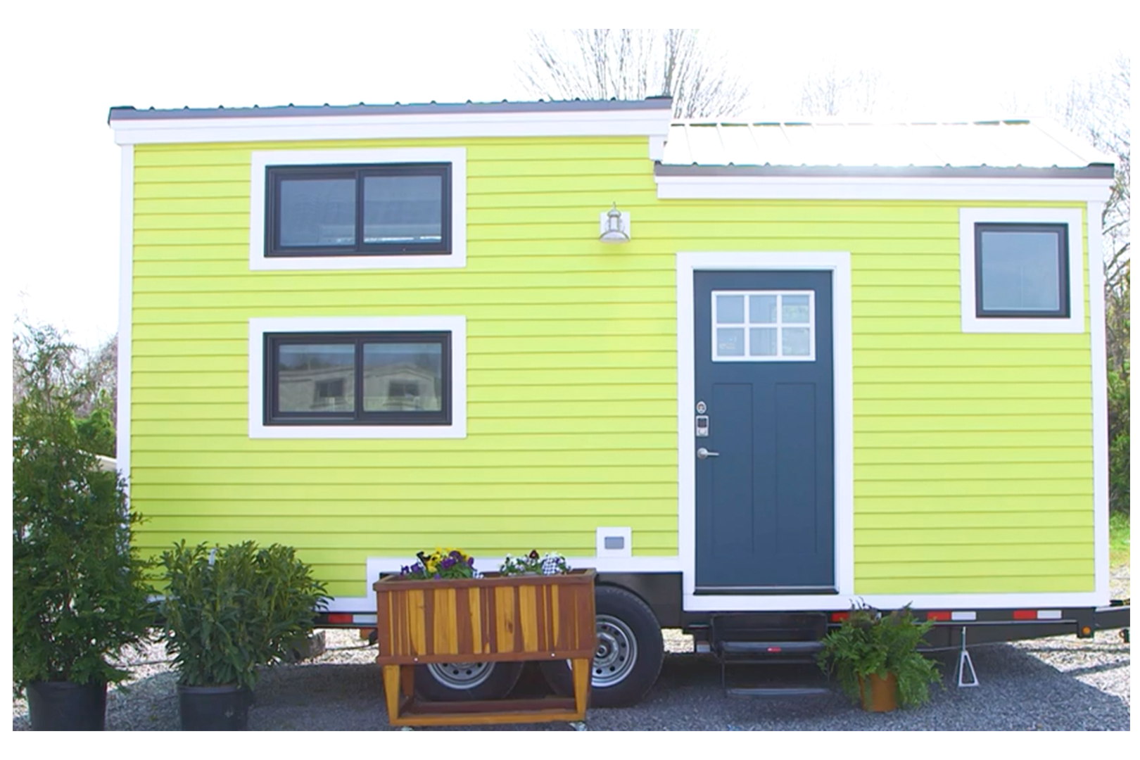 These 170-Square-Foot Luxury Tiny Homes Have Everything You Need