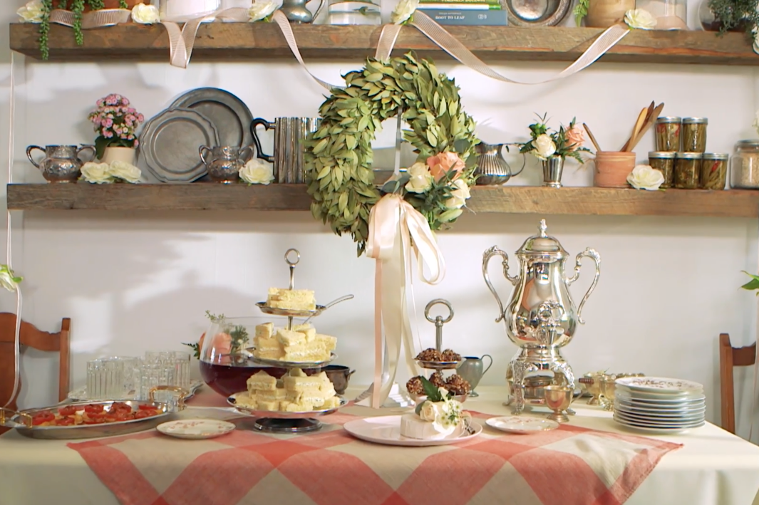 How To Host A Gorgeous Wedding Shower on a Budget