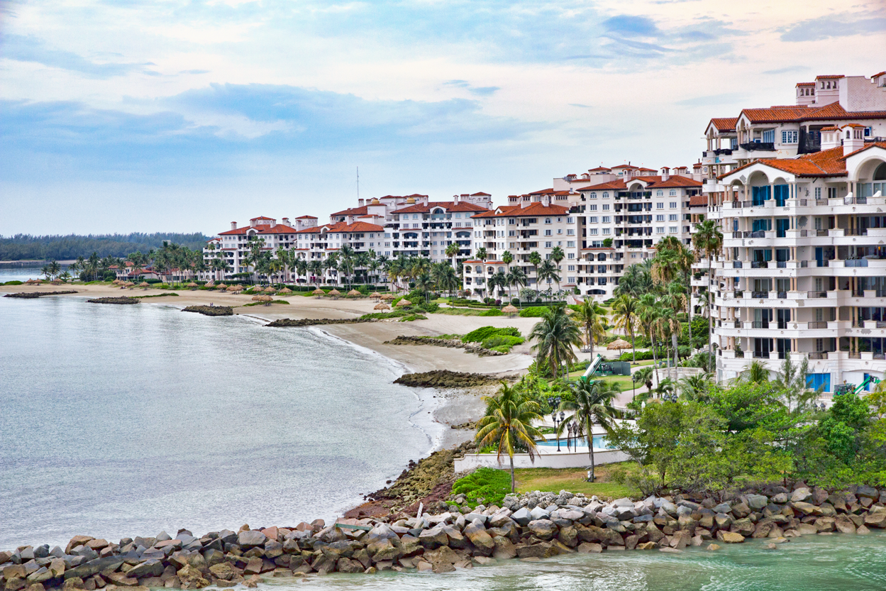 This Is the Richest ZIP Code in America—and the Average Income Is $2.5 Million