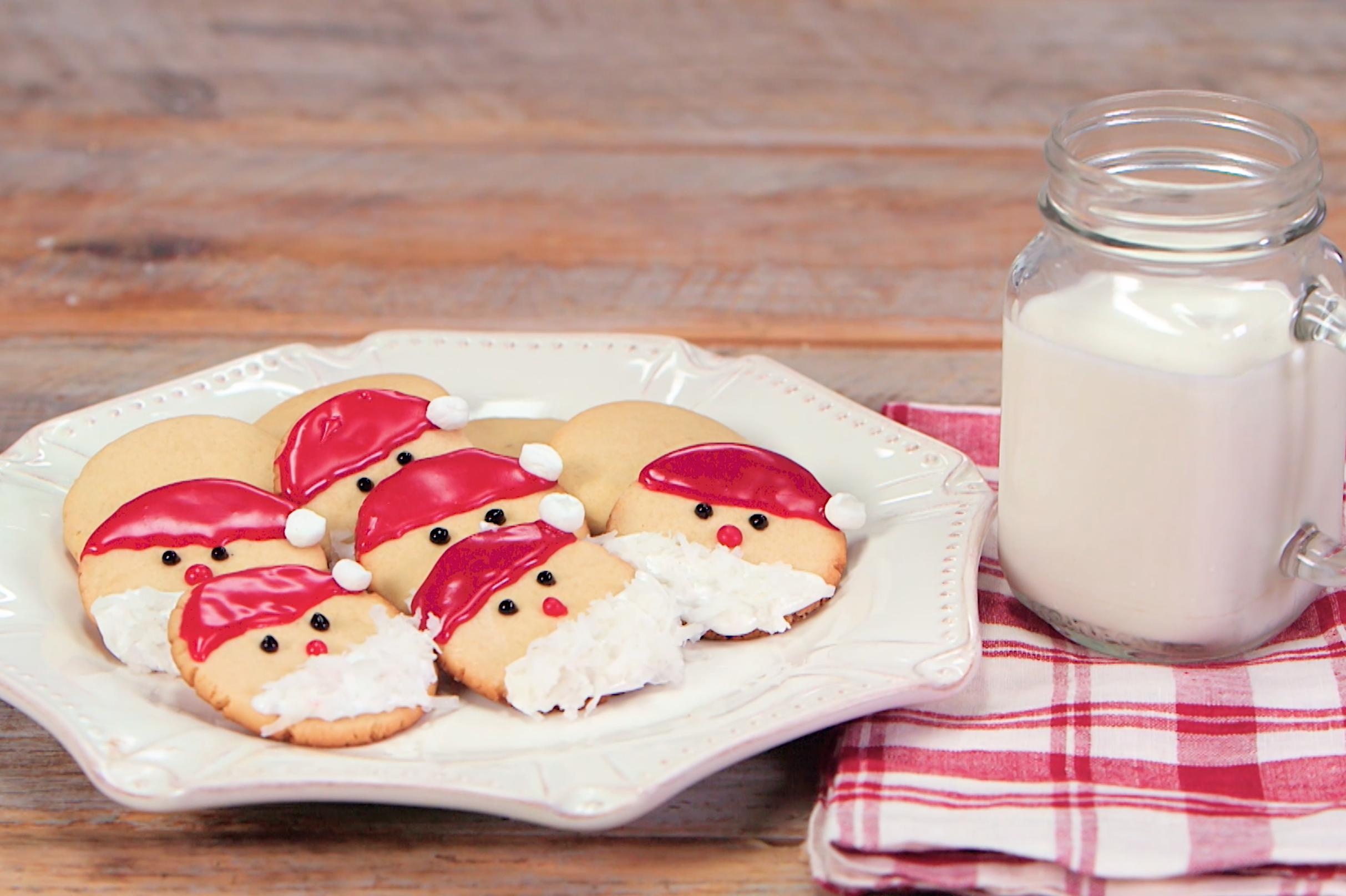 Easy Santa Cookies Recipe