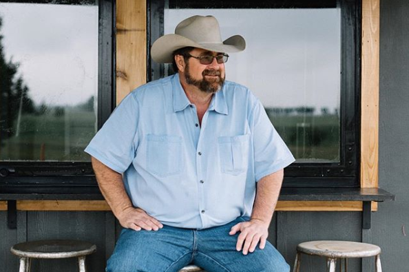 How Jimmy Don Holmes Became the Go-To Metal Artist for Laura Bush, Joanna Gaines, and Hank Williams Jr.
