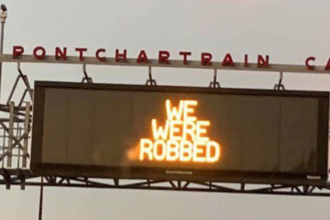 Louisiana Highway Sign After Blown Call in Saints' Loss: 'We Were Robbed'