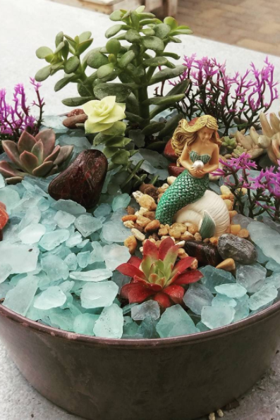 Mermaid Gardens Are Going To Be Your New Favorite Home Décor