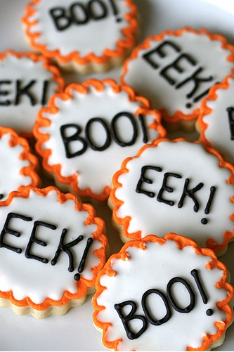 17 Halloween Sugar Cookie Ideas You Can Actually Do Yourself