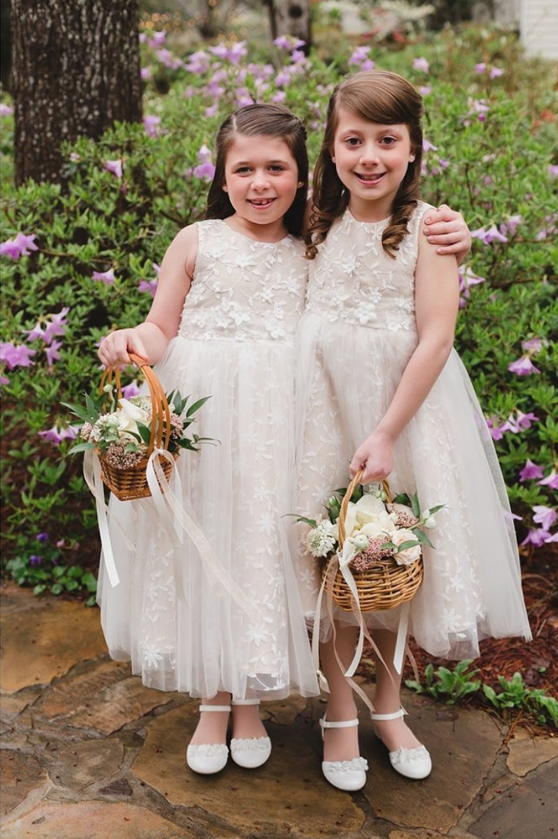 Flower Girls in Tulle White Dresses