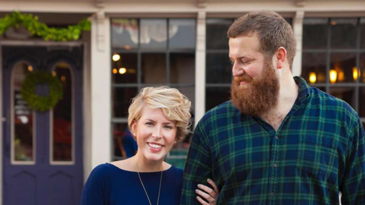 4 things you need to know about hgtv 39 s new southern couple southern living - Young couple modern homes ...