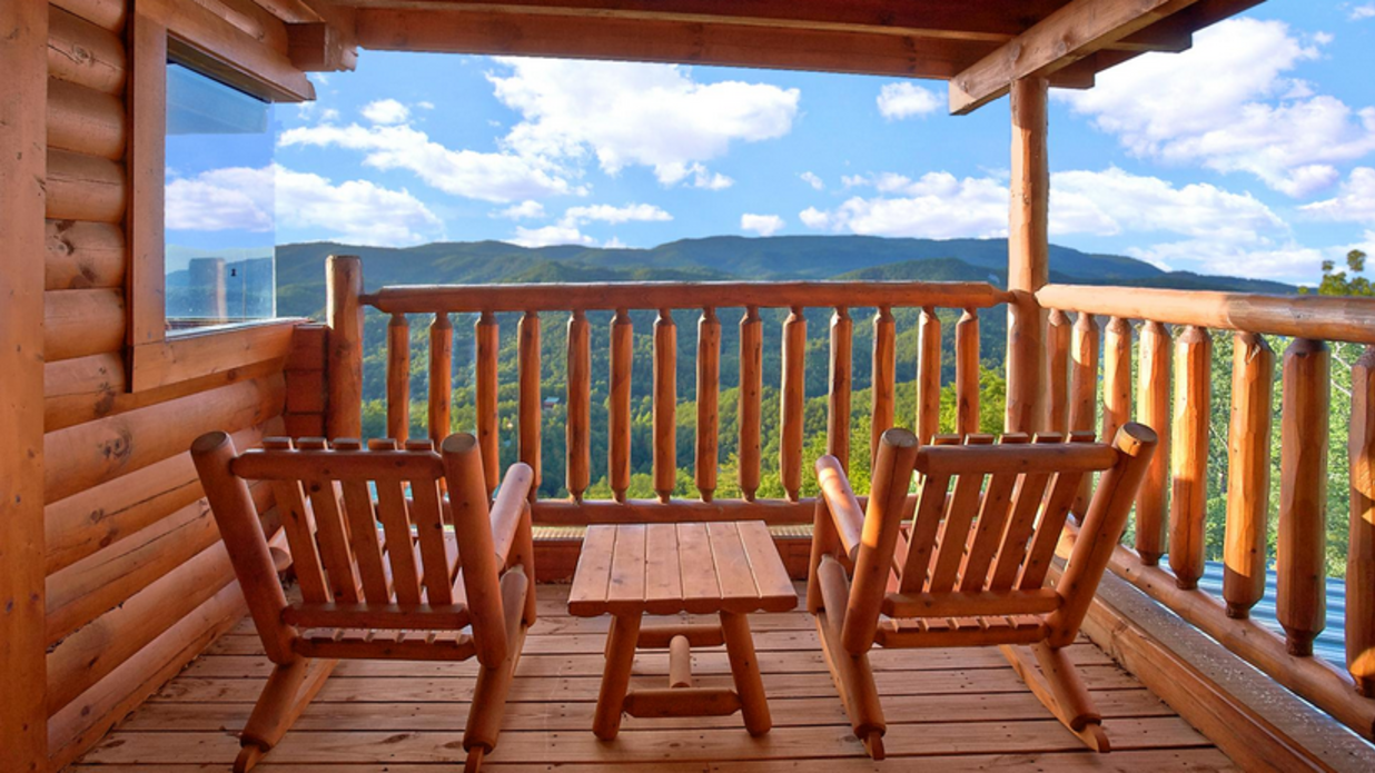 Romantic Cabins for a Last-Minute Valentine's Getaway