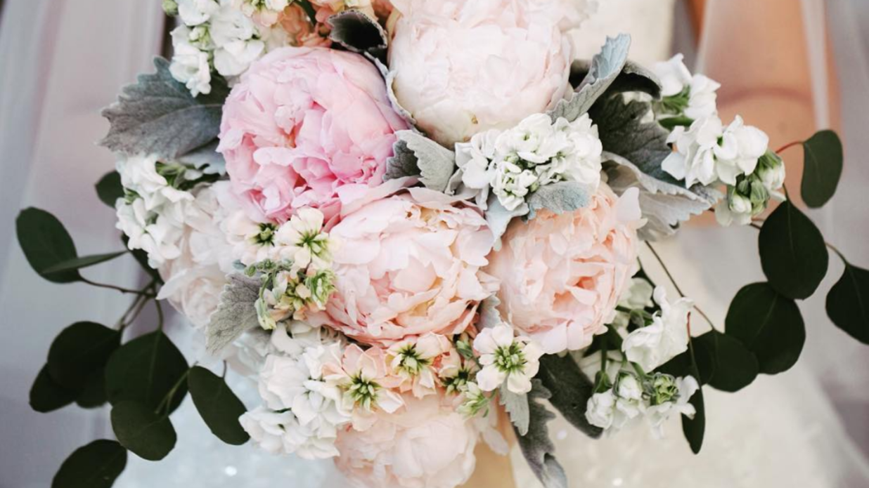 The Prettiest Peony Wedding Bouquets