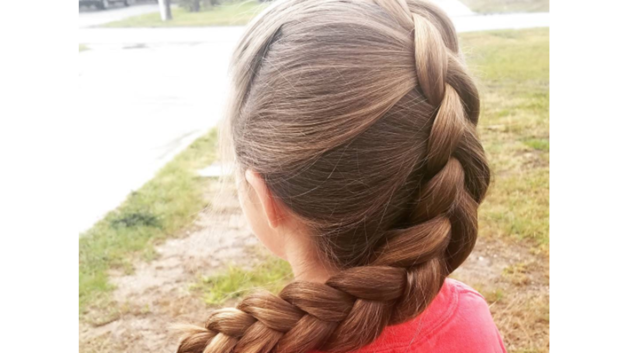 Hair Style Png: This Florida Dad Learned To Braid His Daughter's Hair Like